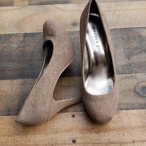 Madden Girl Taupe Sparkling Heels Sz 8